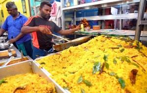eLanka   Sri Lanka Street Food – COLOMBO'S BEST STREET FOOD GUIDE! CRAZY Fish Market + Spicy Curry!